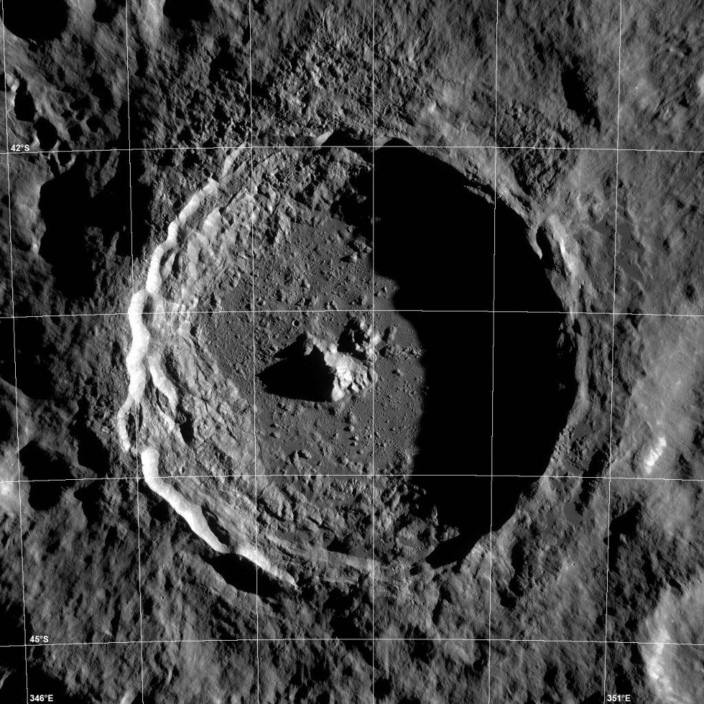 Cráter lunar bautizado en honor a Tycho Brahe.